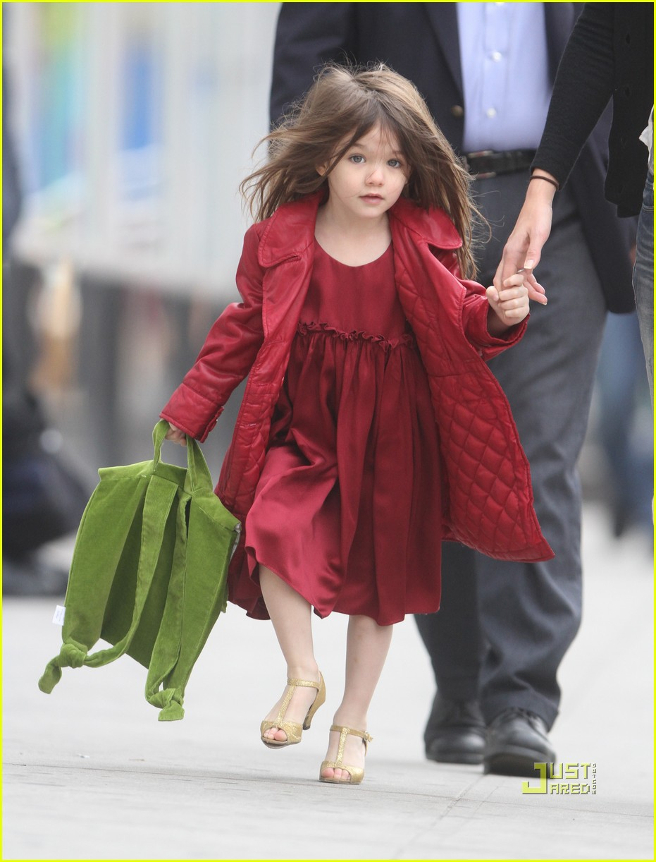 katie holmes suri cruise lion king broadway 20