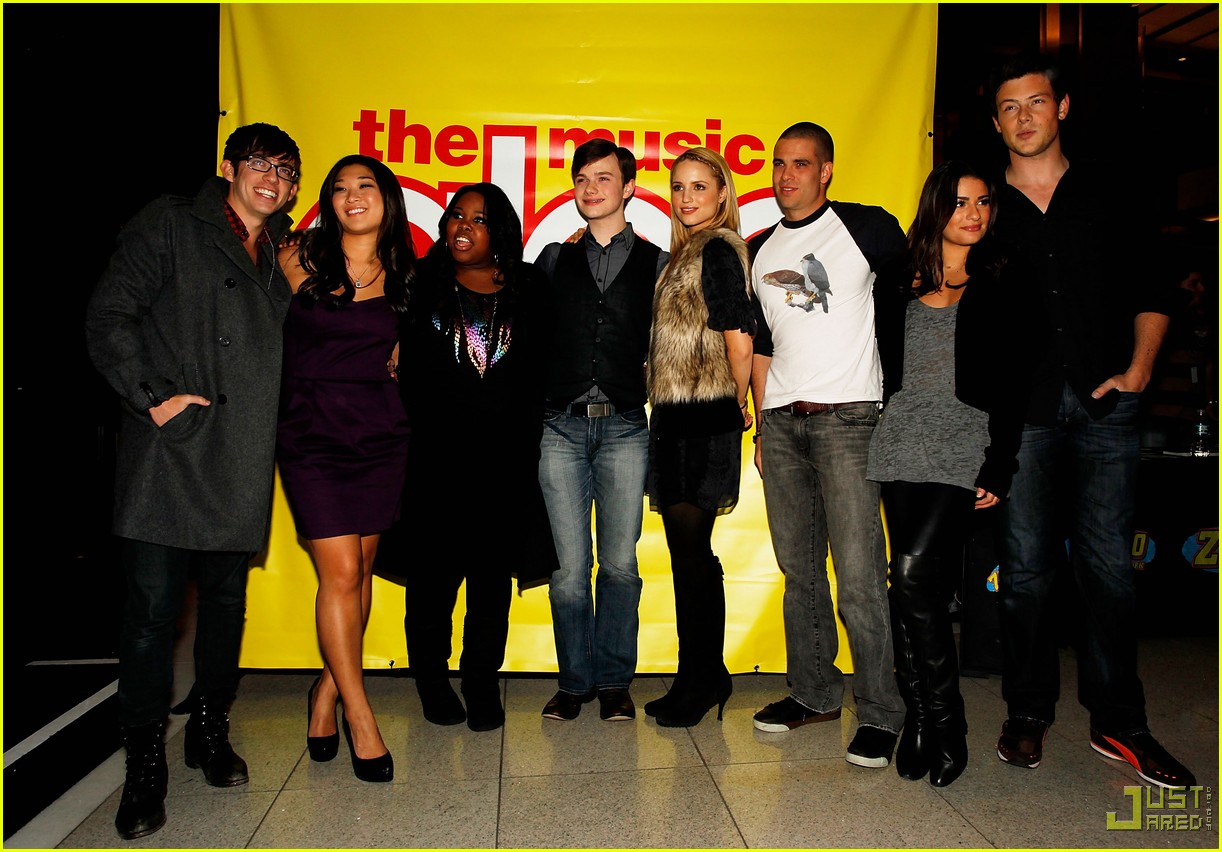 glee cast autograph signings 23