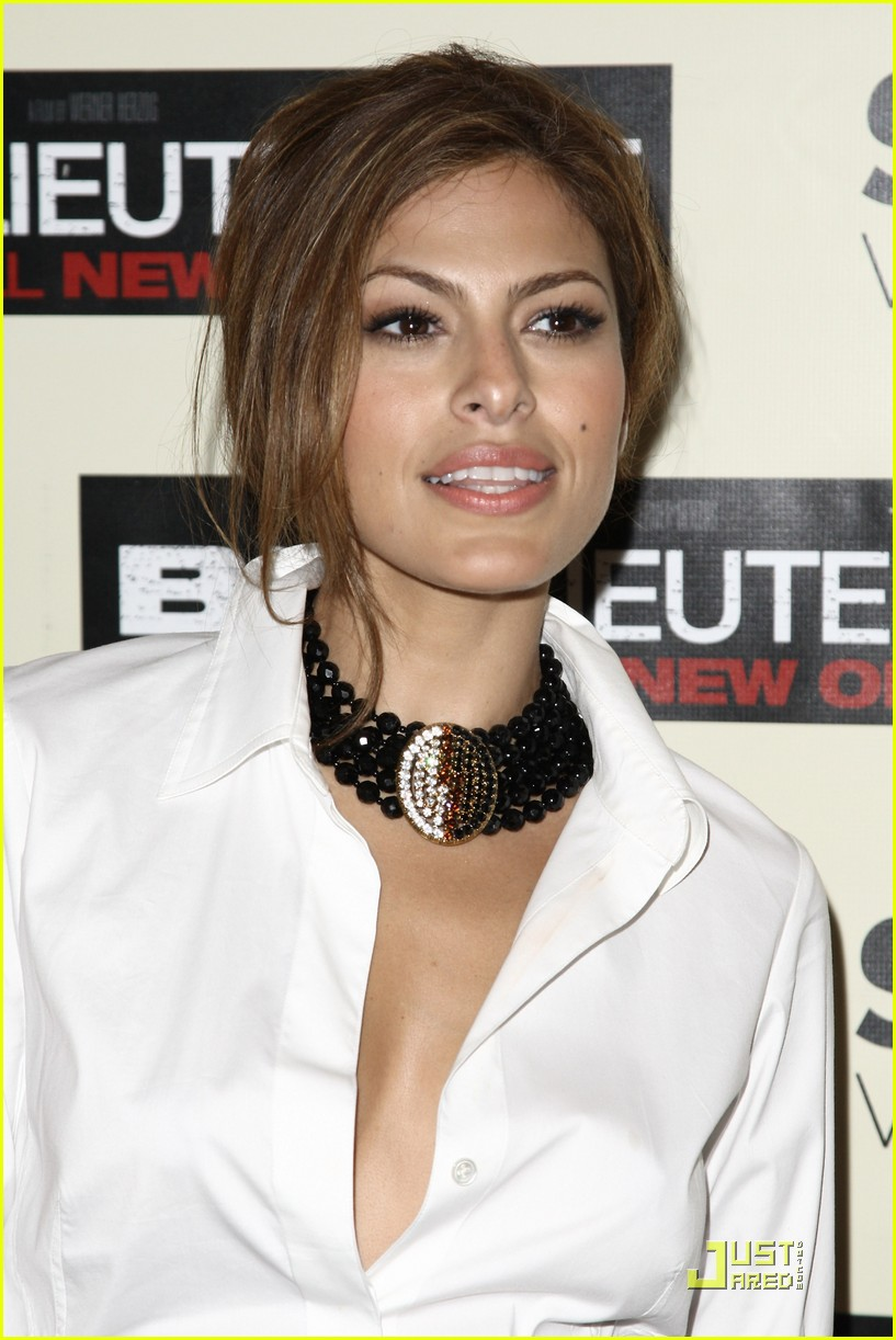 eva mendes loves the bad lieutenant 13