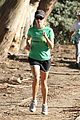 reese witherspoon jogging 09