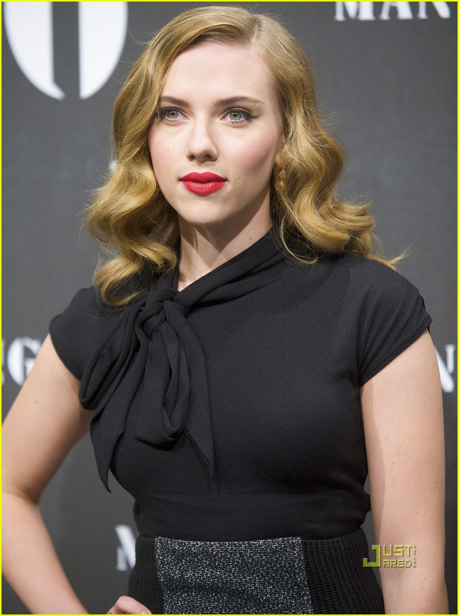 scarlett johansson mango new collection 042351351
