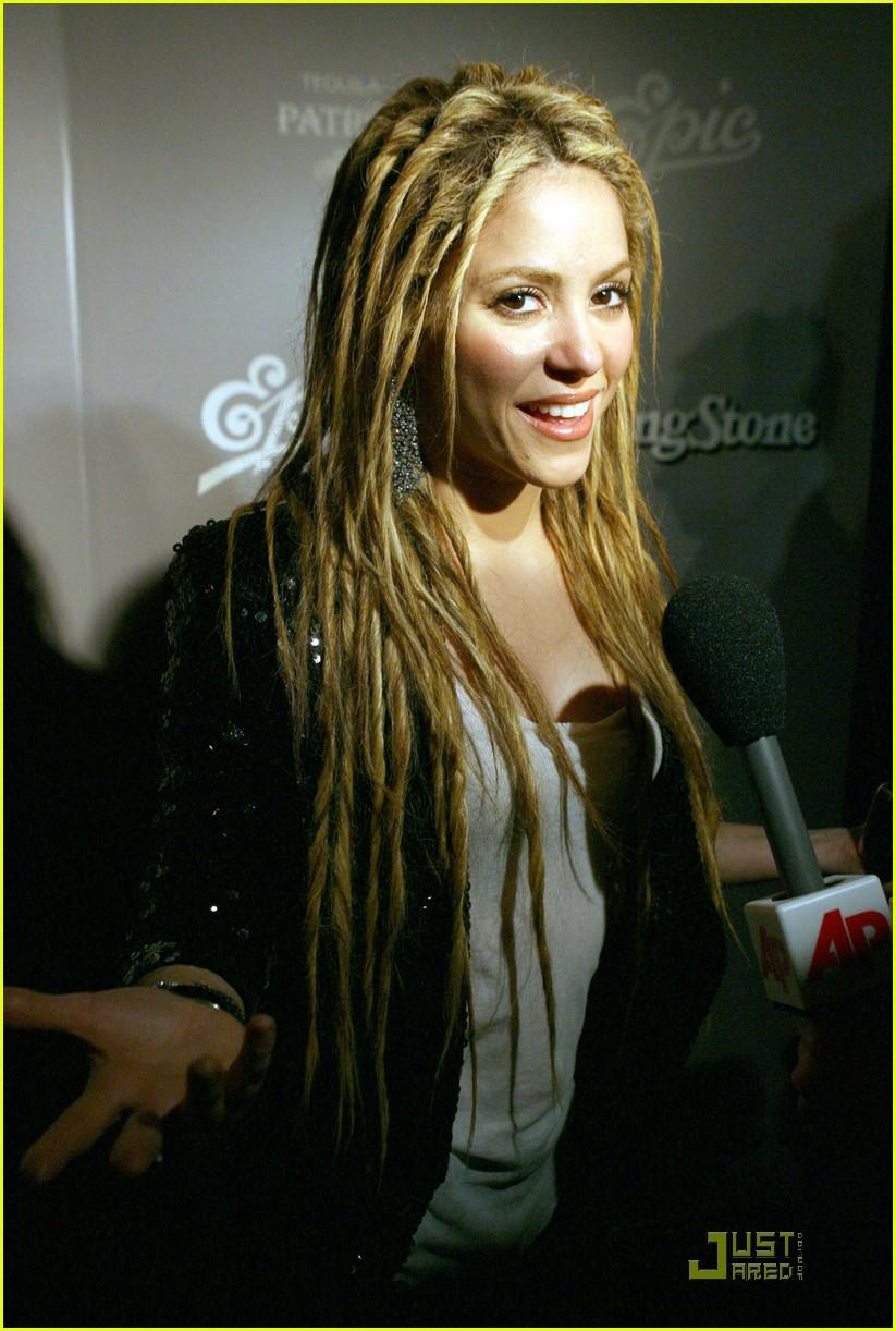 4 Stylish Shakira Hairstyles pics
