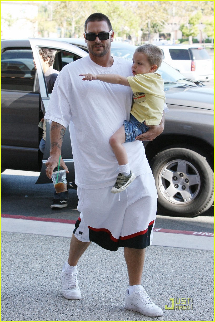 britney spears sons christmas 14