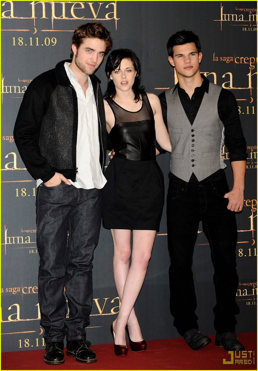 kristen stewart twilight cast europe events 14