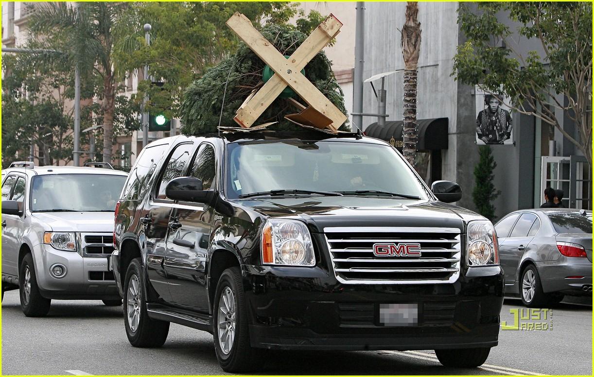 jessica alba christmas tree shopping 05