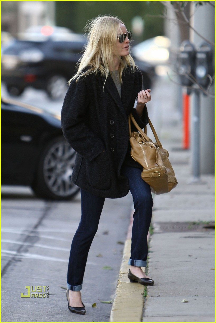 kate bosworth holiday shopping 072402587