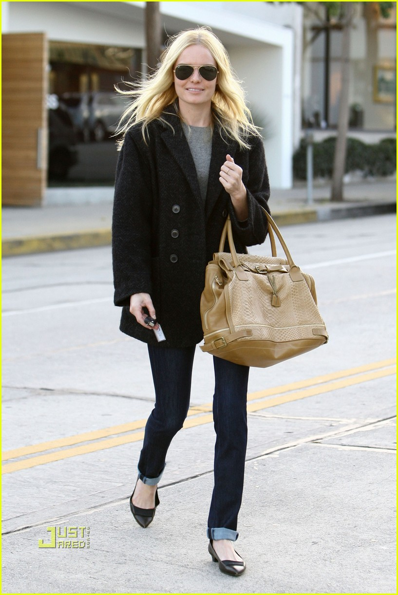 kate bosworth holiday shopping 142402594