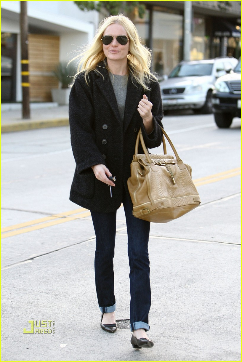kate bosworth holiday shopping 16