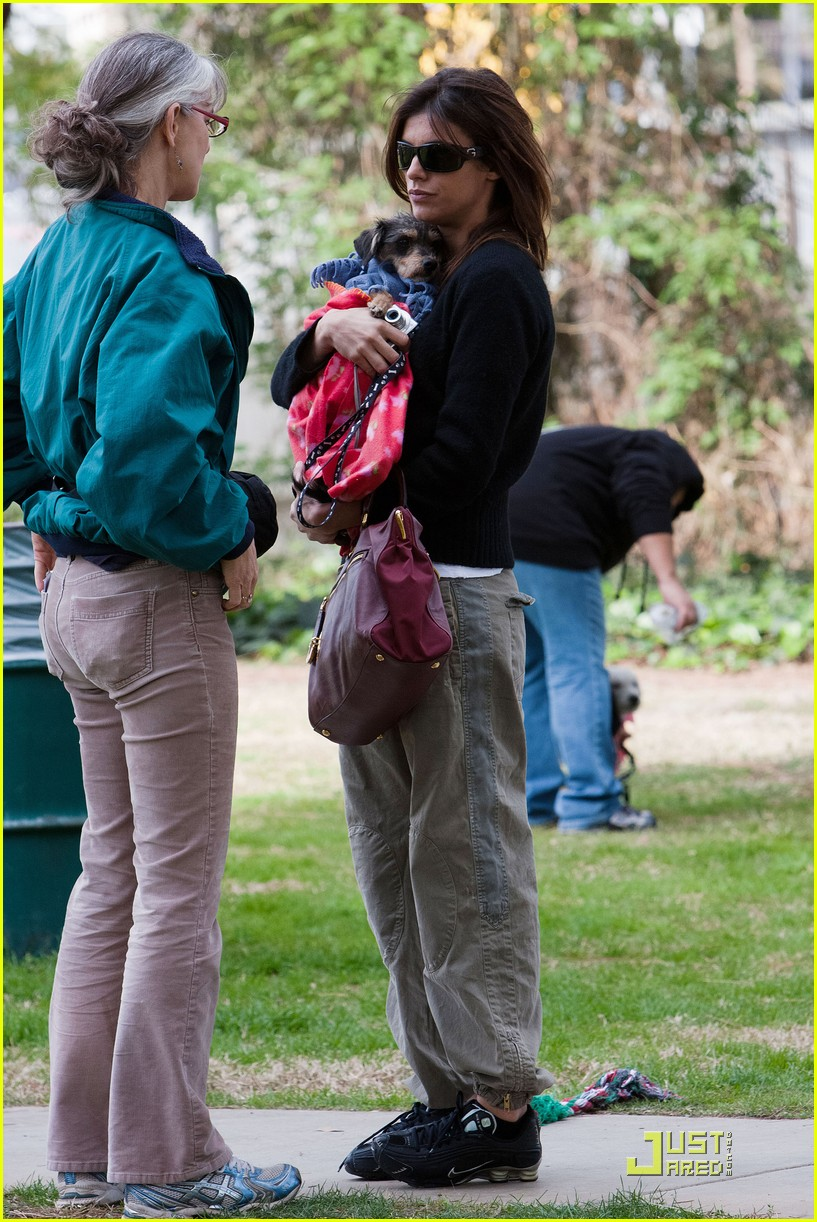 elisabetta canalis adopts a dog 09