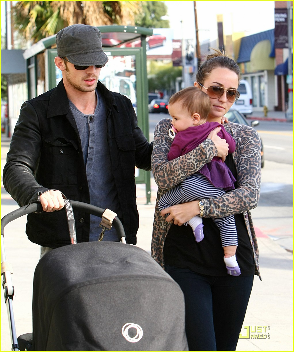 cam gigandet everleigh smiles sweetly 03