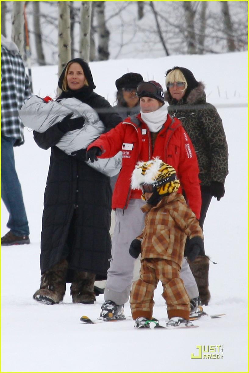 heidi klum seal snowboard lessons 042405192