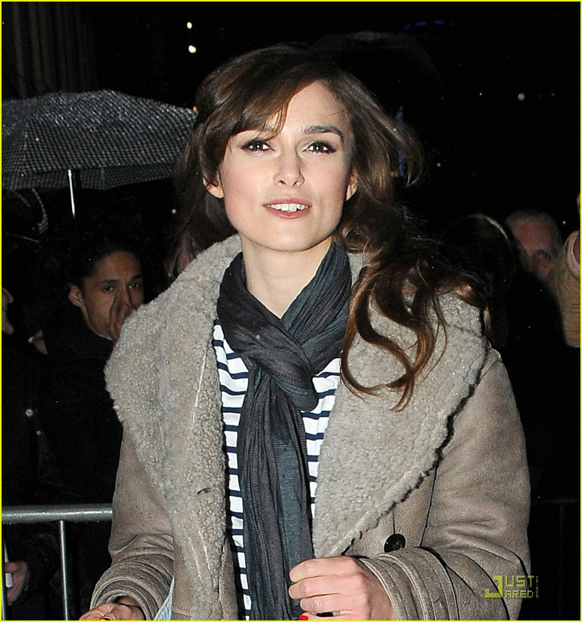 keira knightley west end edgy 022404930