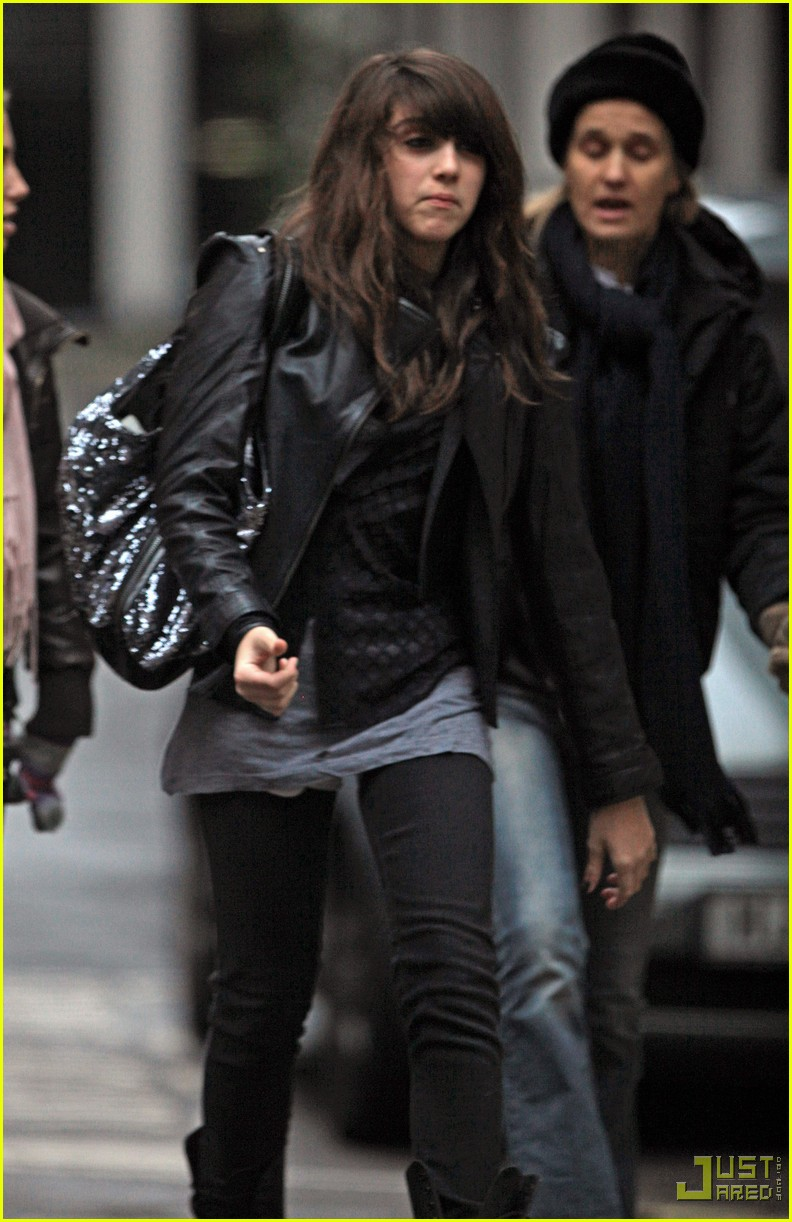 lourdes leon leather jacket boots 01