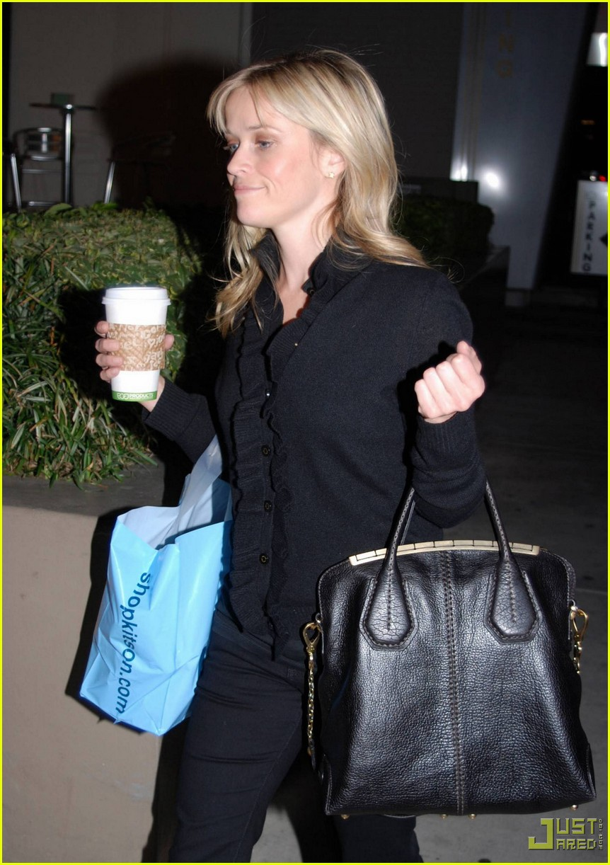 reese witherspoon single shopping kitson 022402449
