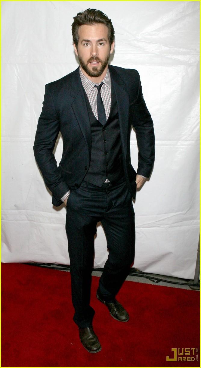 Ryan Reynolds Suits