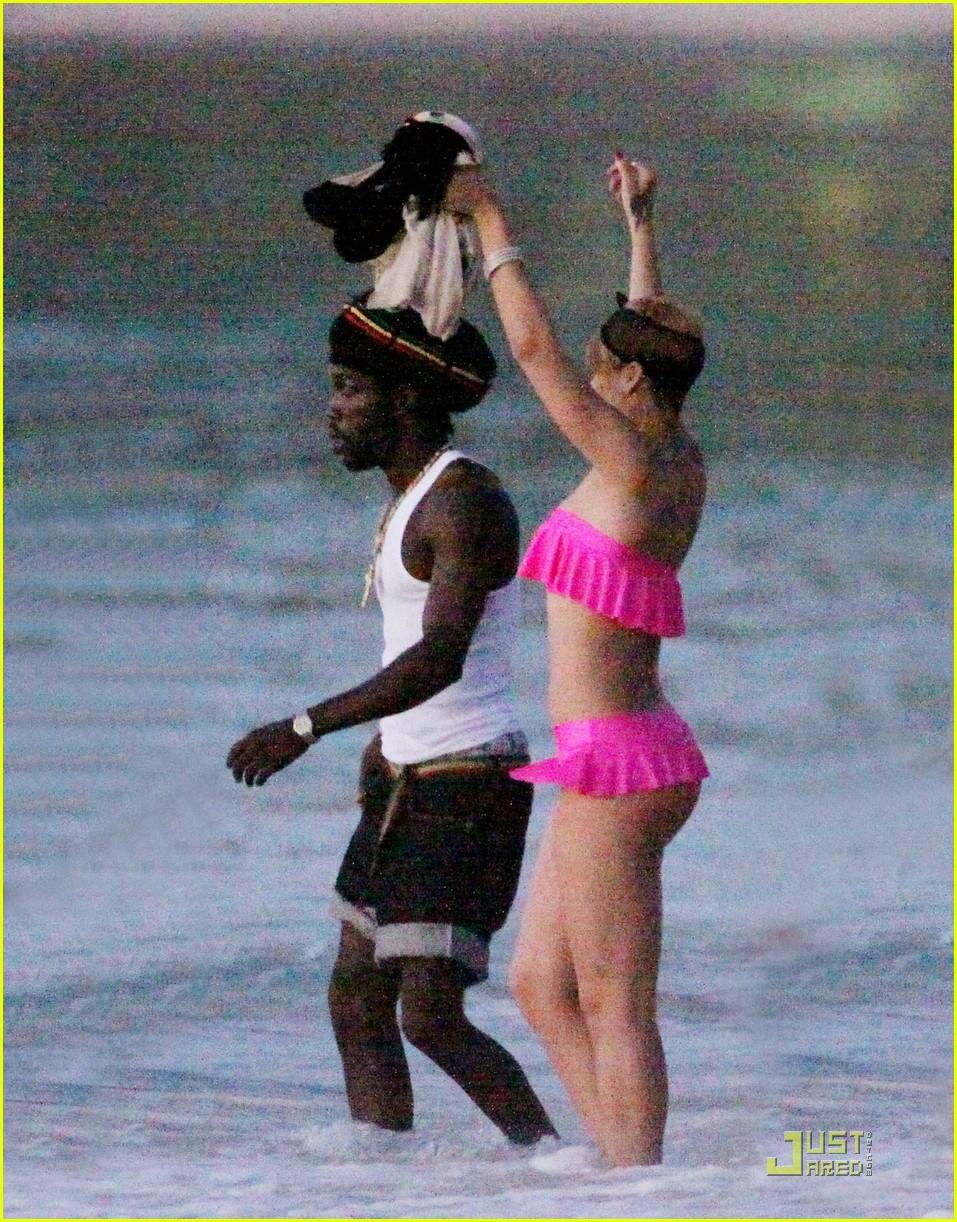 rihanna ruffled pink bikini barbados 052404202