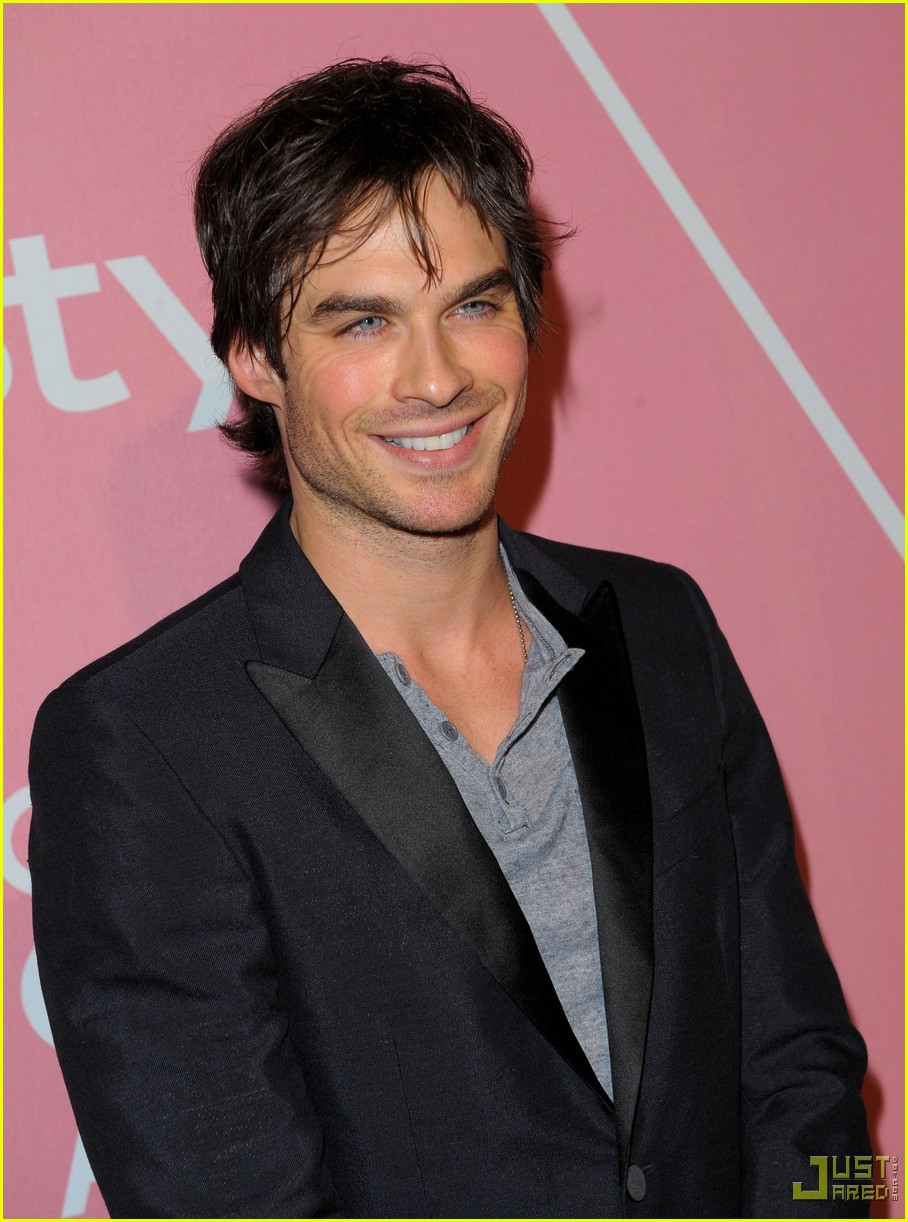 ian somerhalder golden globes party 01