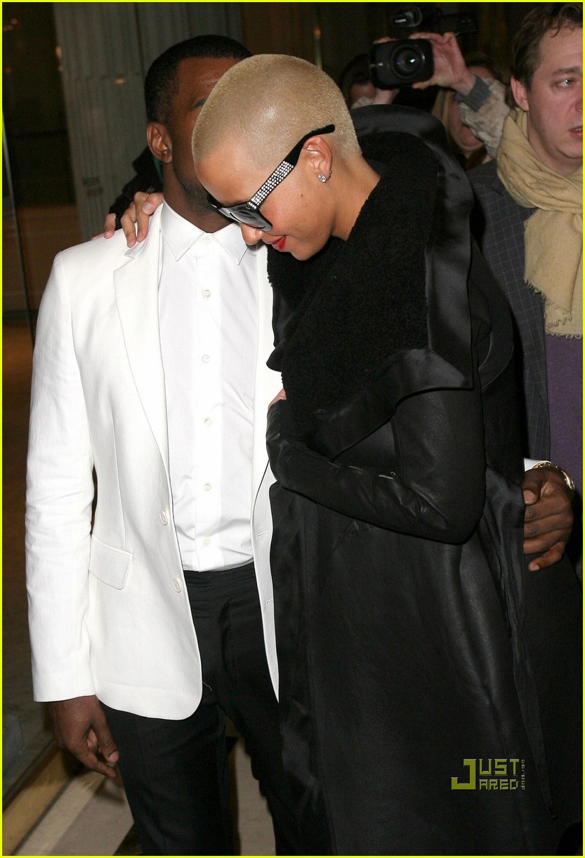 kanye west amber rose givenchy paris fashion week 04