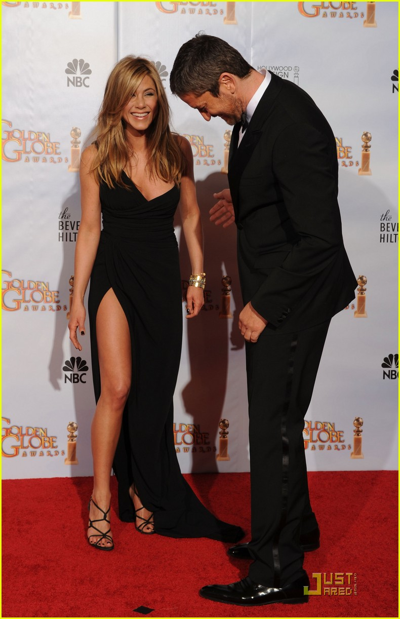 jennifer aniston golden globes 2010 092409409