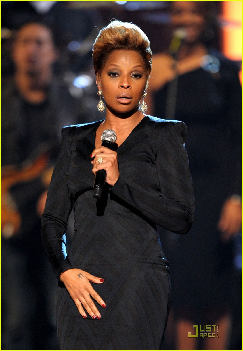 mary j blige peoples choice 2010 11