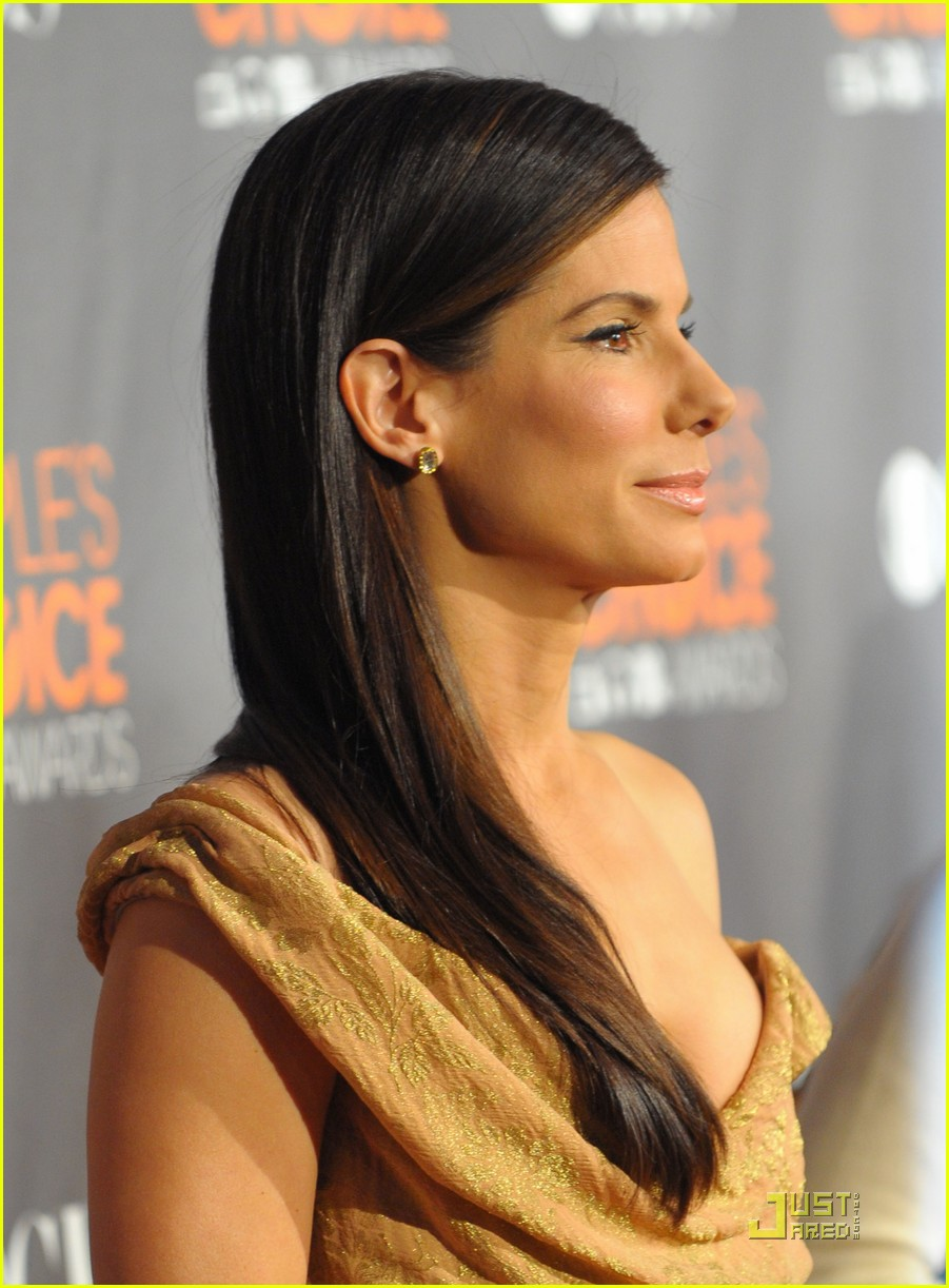sandra bullock peoples choice 2010 04