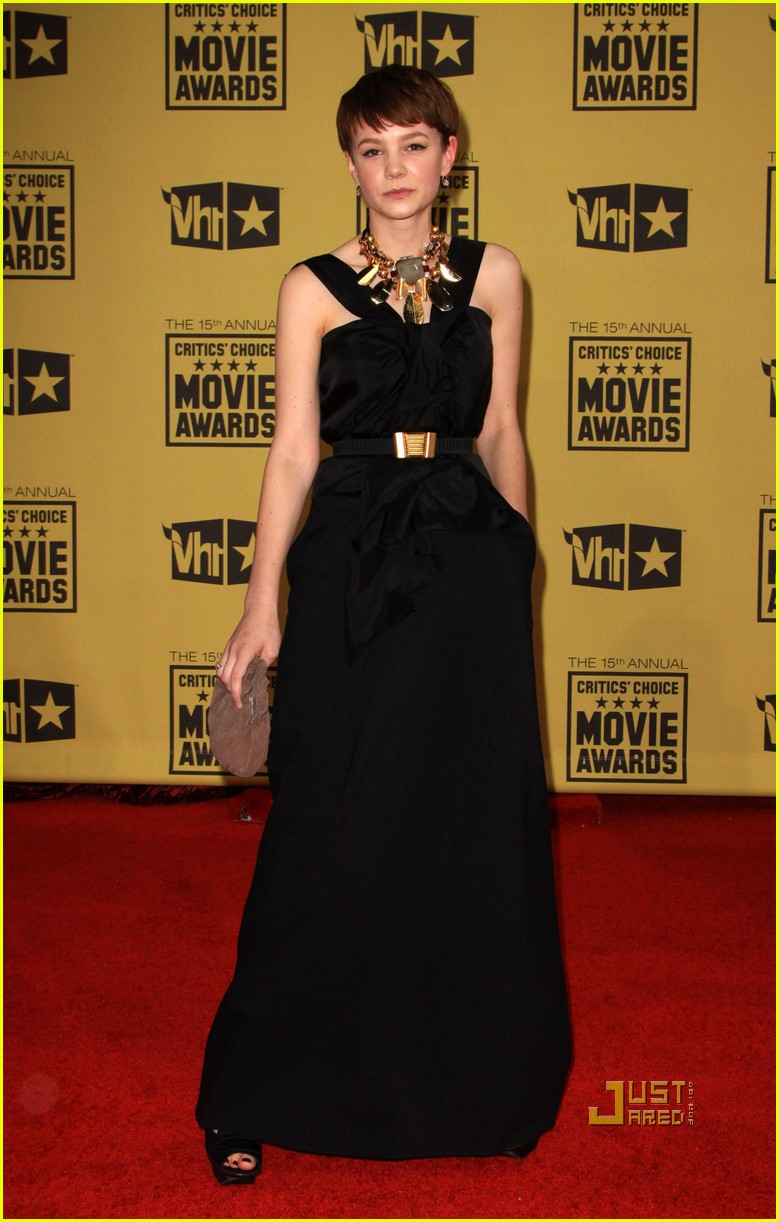 carey mulligan critics choice awards 12