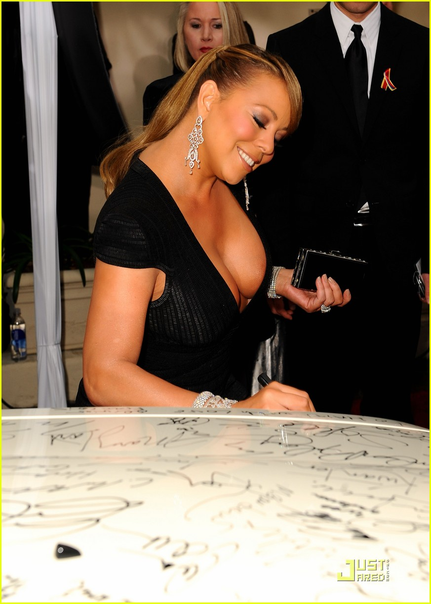 mariah carey 2010 golden globe awards red carpet 13