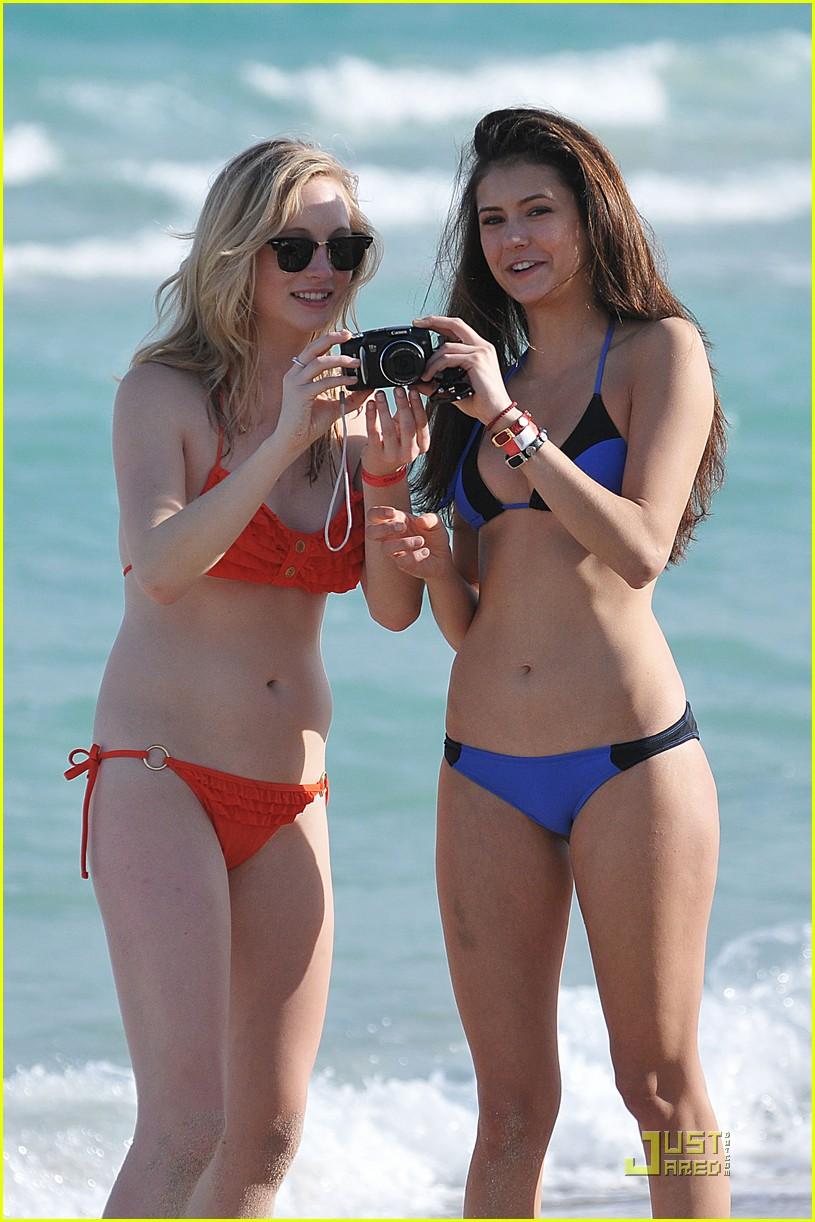 nina dobrev candice accola bikini 06