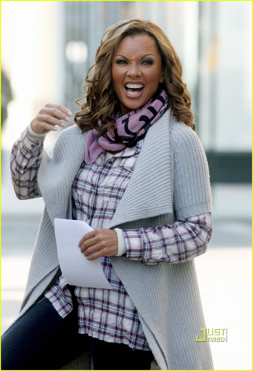 ugly betty canceled vanessa williams america ferrera filming 03