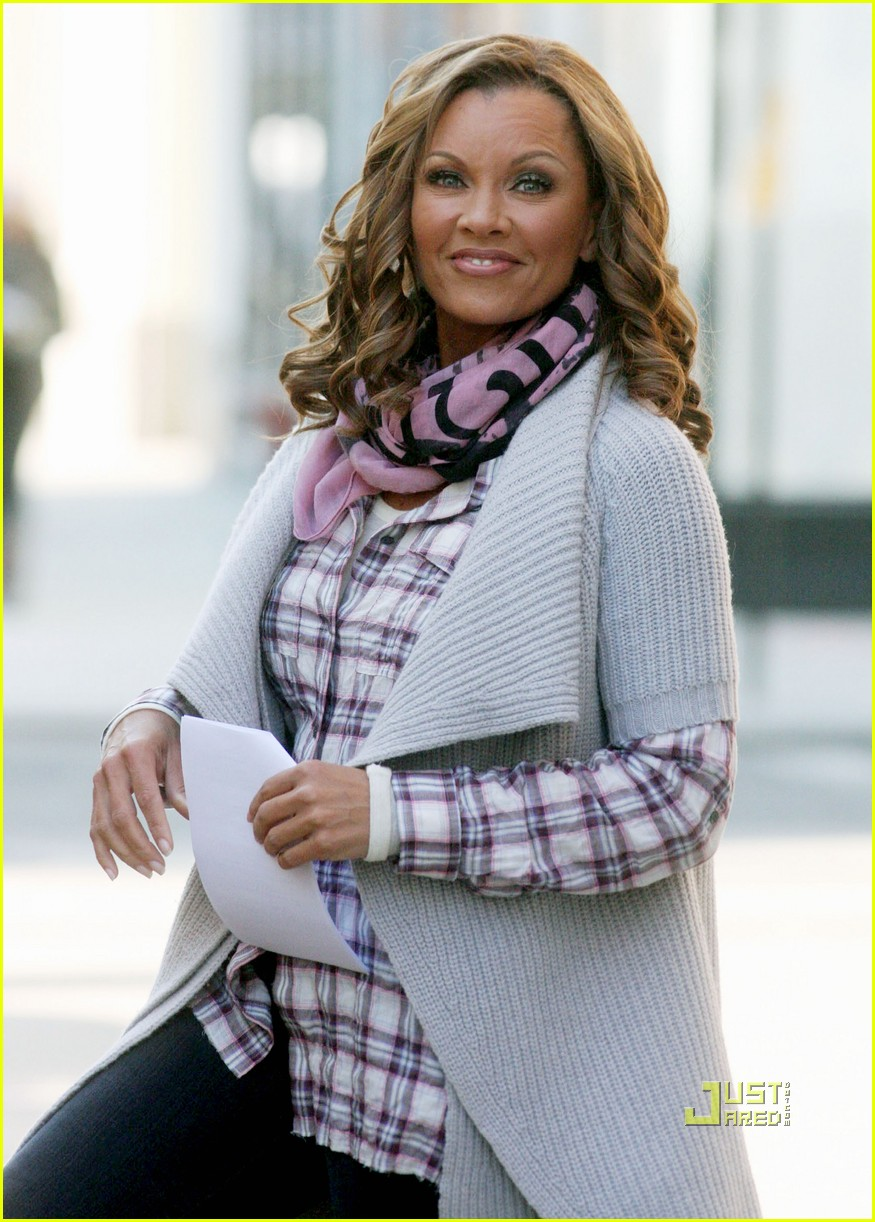 ugly betty canceled vanessa williams america ferrera filming 072411964