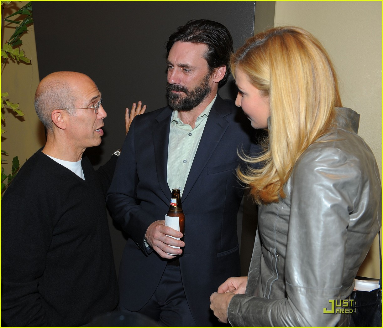 jon hamm boasts a beard 092408217