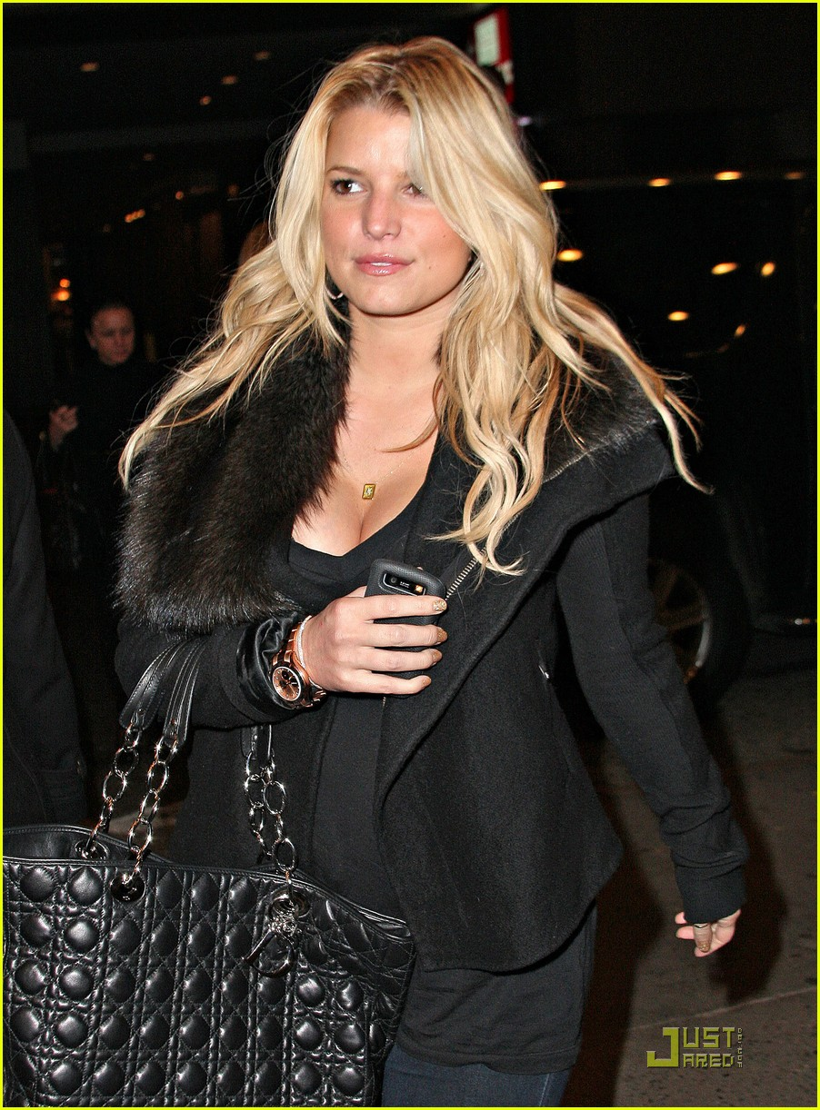 jessica simpson ashlee simpson wentz chicago 11