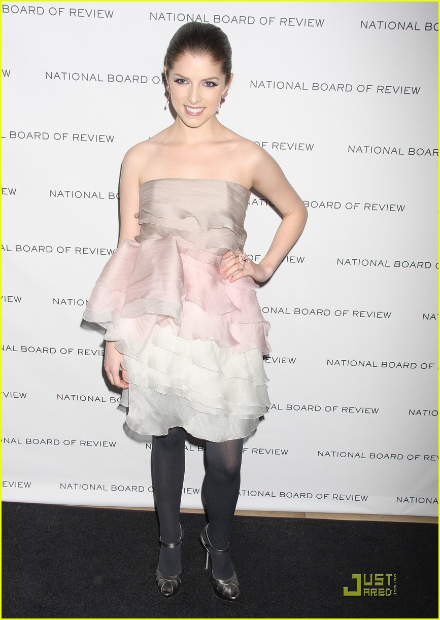 anna kendrick is up in the air 09