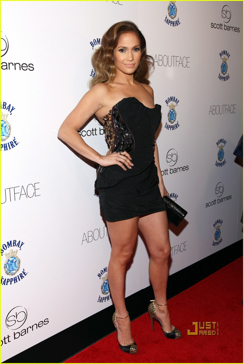 Full Sized Photo Of Jennifer Lopez About Face Book Launch
