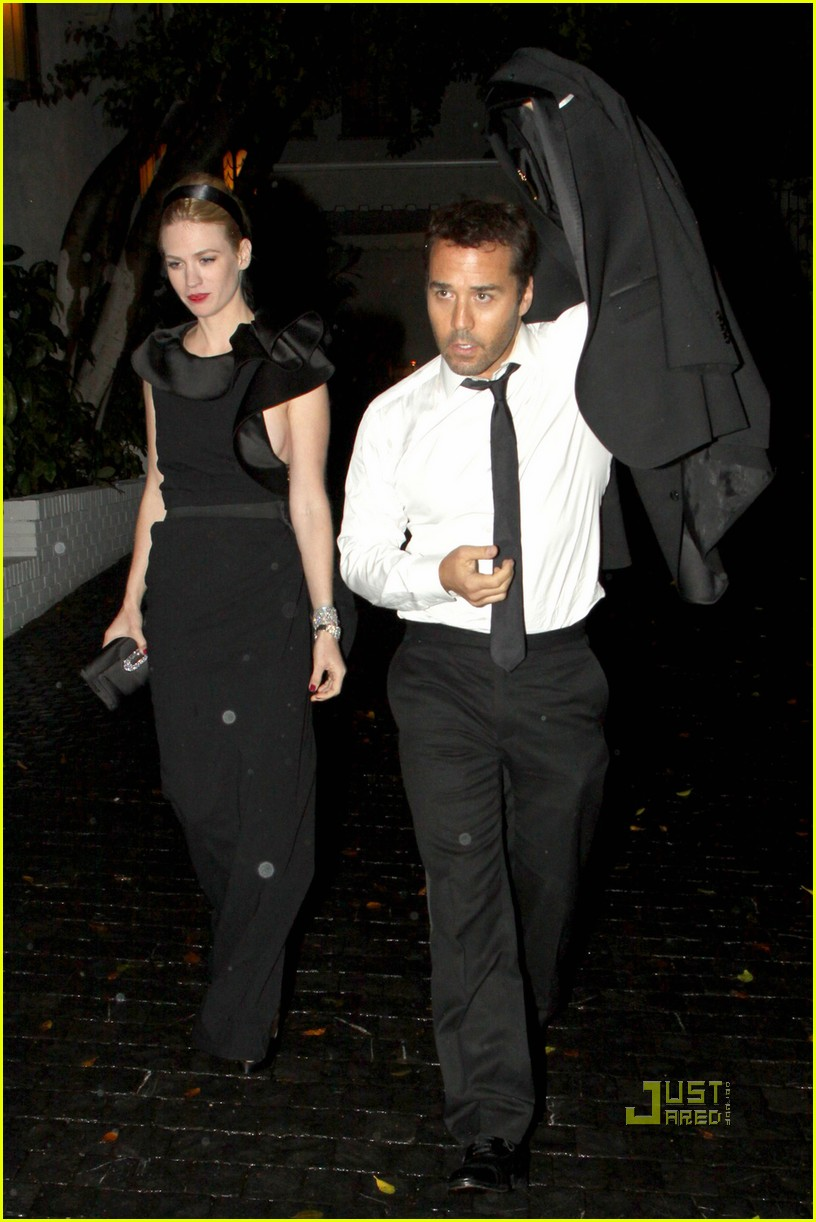 jeremy piven january jones after 2010 golden globes arm in arm 052410067