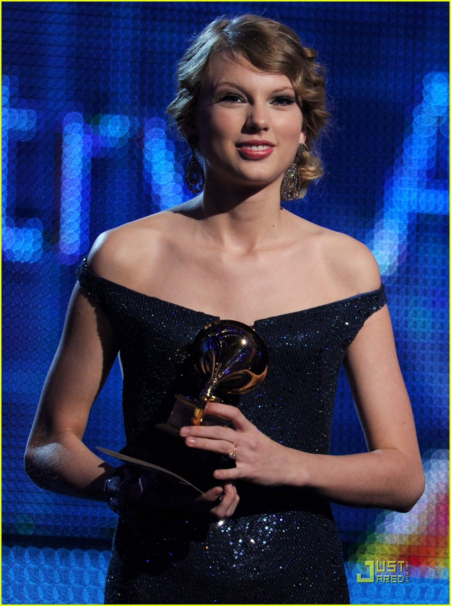 taylor swift 2010 grammys 022413084