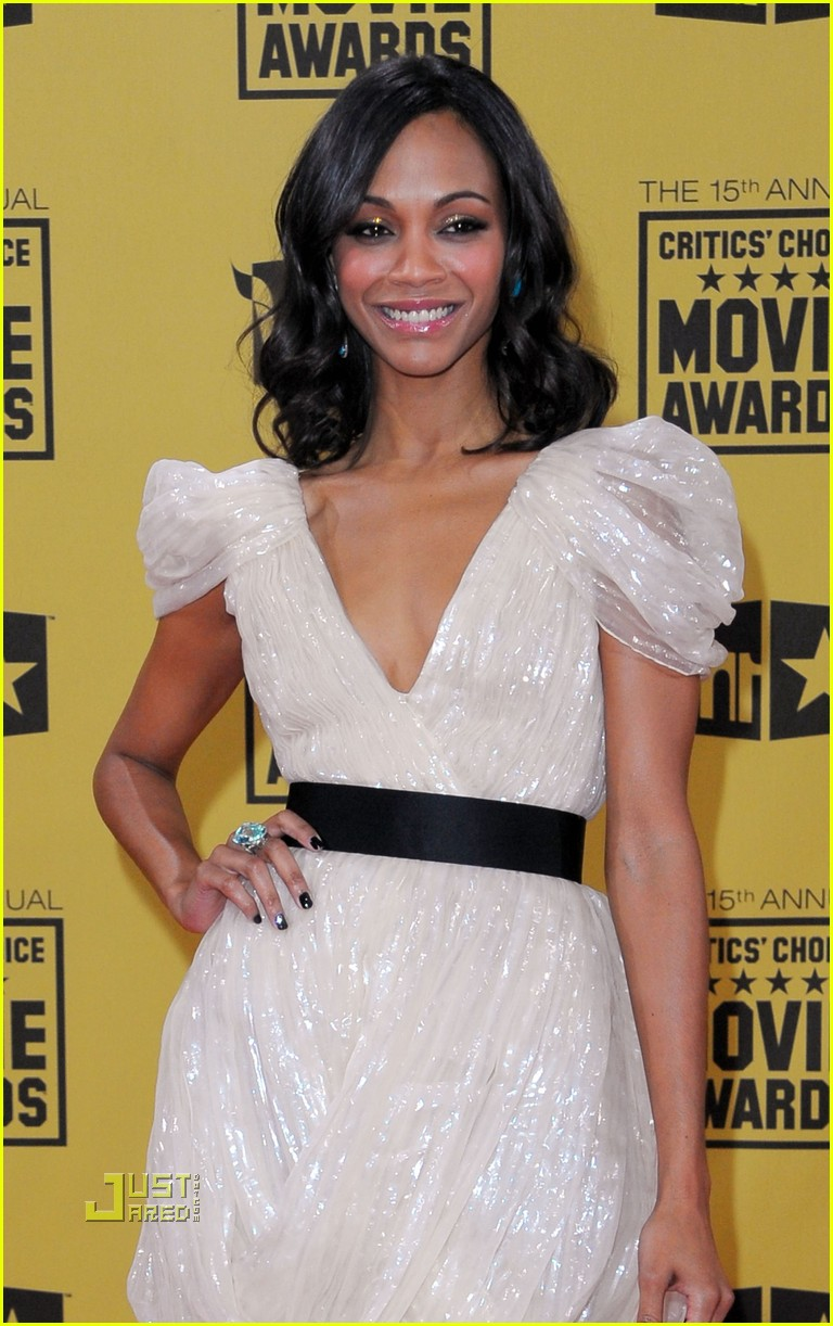 zoe saldana critics choice awards 2010 04