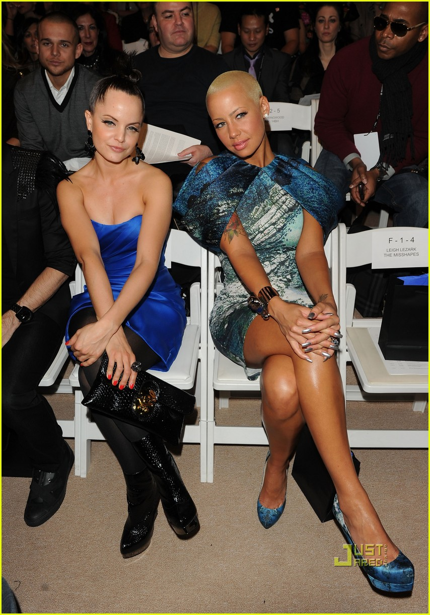 amber rose christian siriano new york fashion week 07