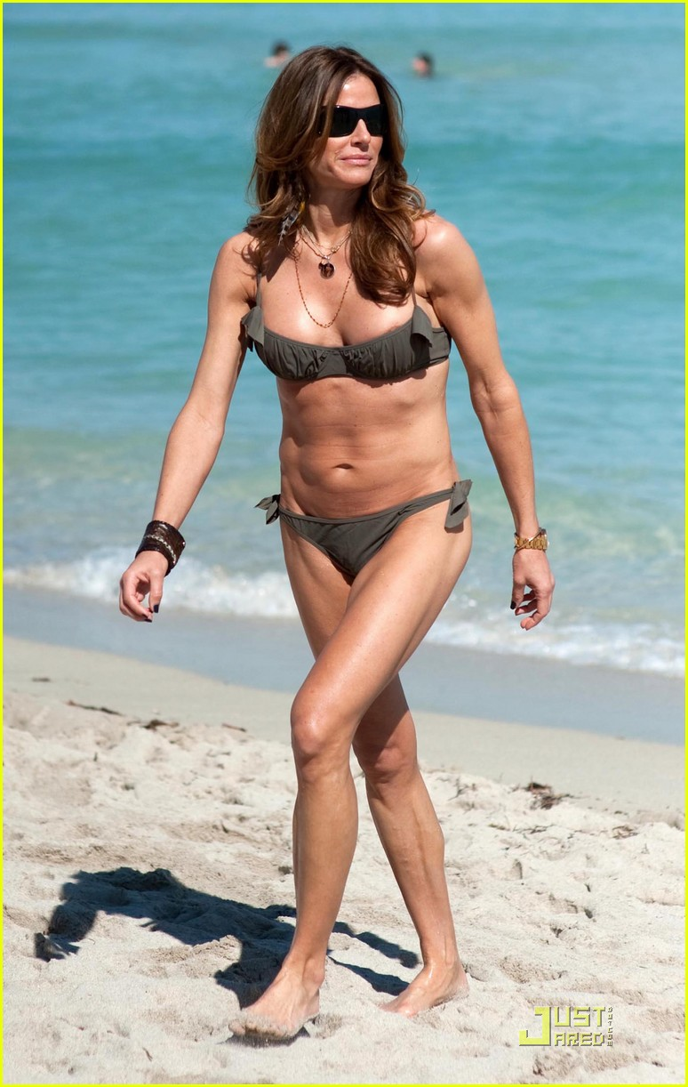 kelly bensimon playboy bikini babe 01