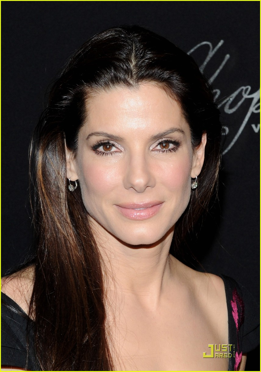 sandra bullock accepts the american riviera award 06