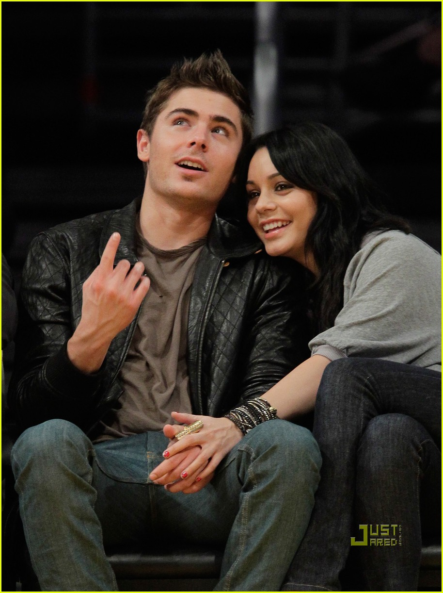 is Vanessa Hudgens And Zac Efron Engaged 2010 Zac Efron Amp Vanessa Hudgens