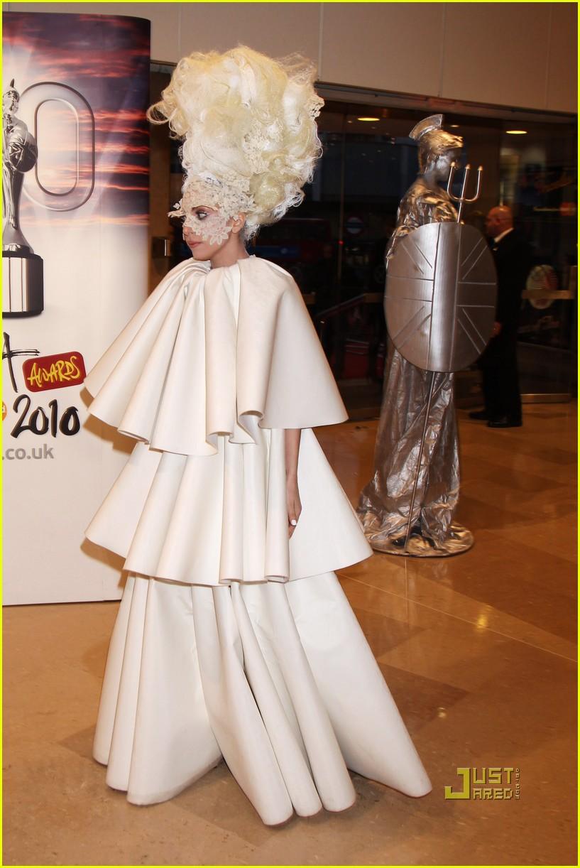lady gaga brit awards white tier dress 09