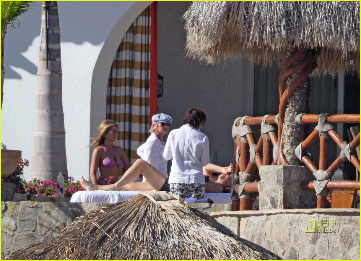 gerard butler jennifer aniston cabo birthday 10