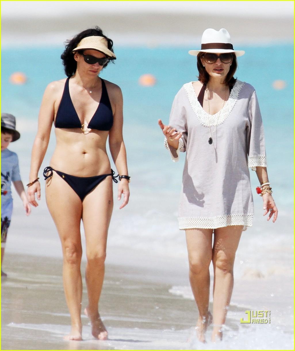 mariska hargitay bikini st barts 032428158