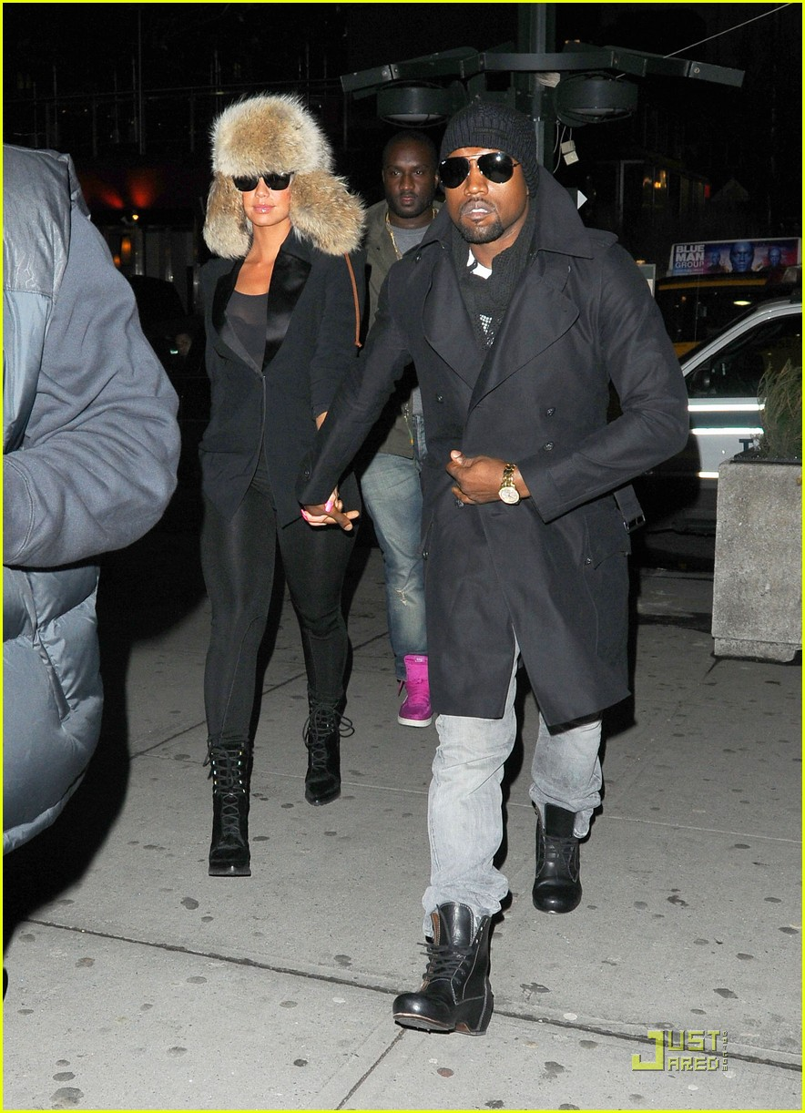 kanye west amber rose black eyed peas fans 05