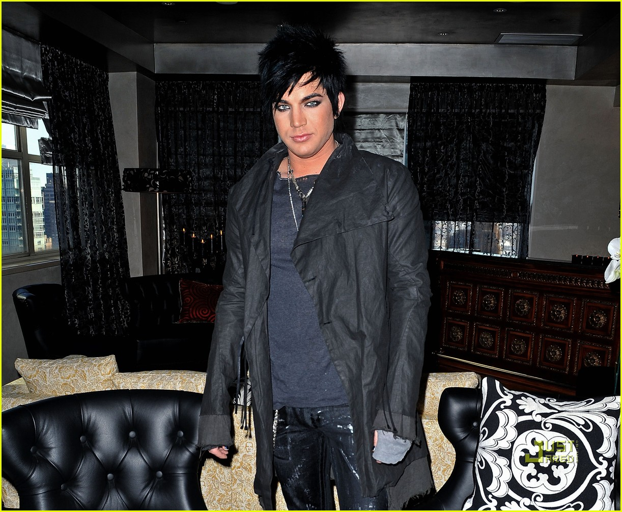adam lambert shoots nightline interview 04