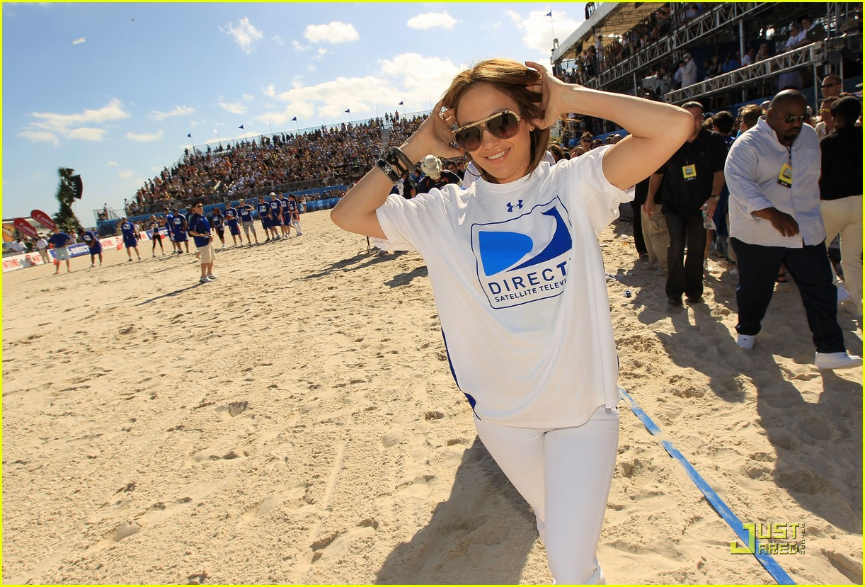 jennifer lopez directv celebrity beach bowl 182425945