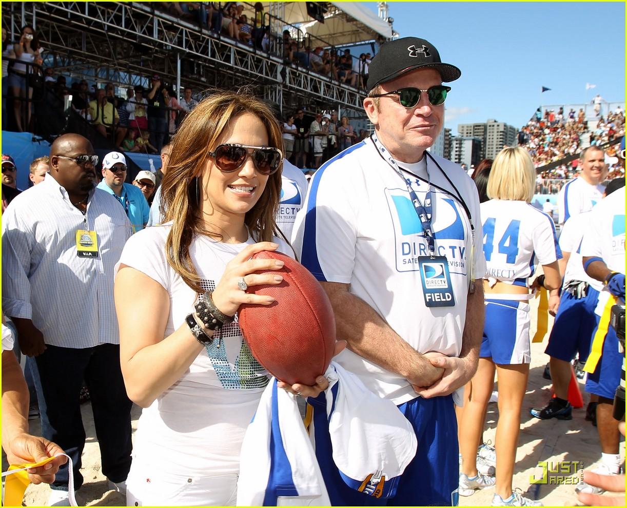 jennifer lopez directv celebrity beach bowl 22