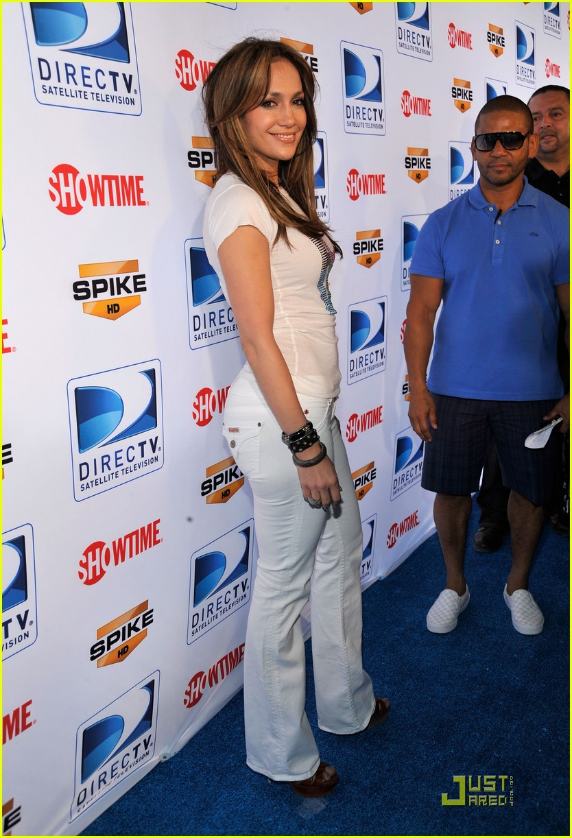 jennifer lopez directv celebrity beach bowl 31