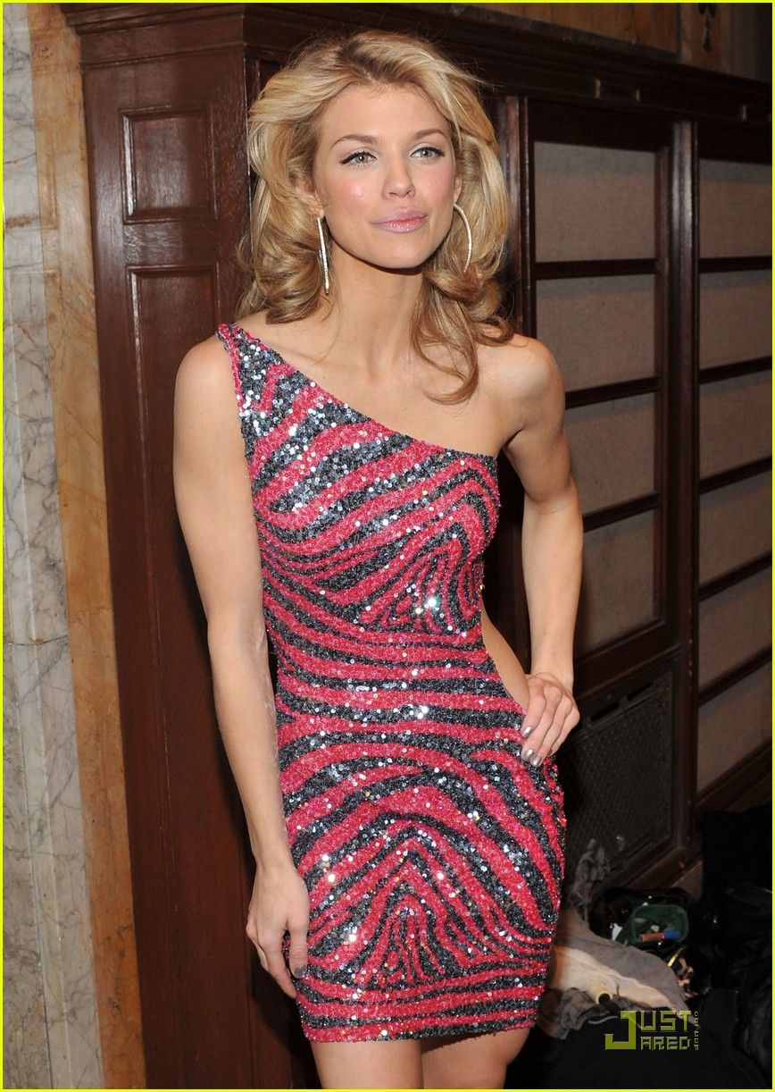 annalynne mccord cutout kisses 01